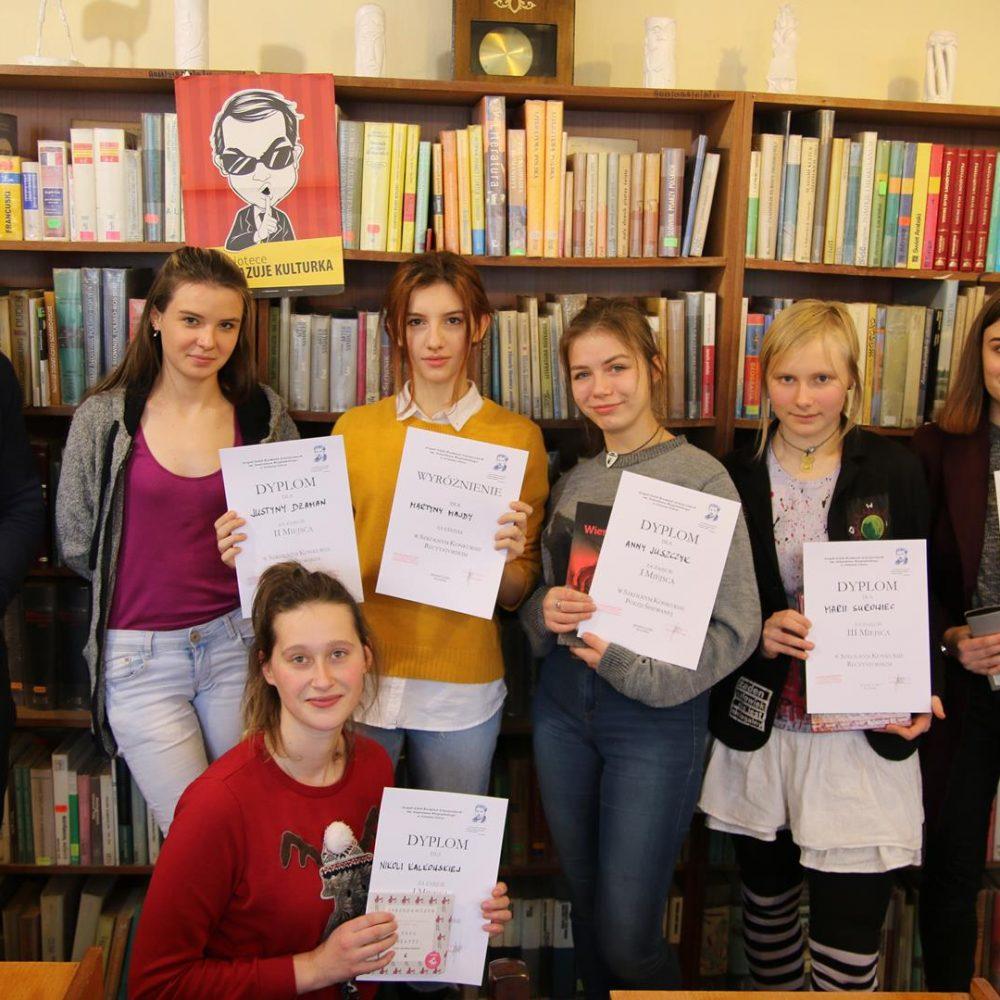 Szkolny konkurs recytatorski i poezji śpiewanej